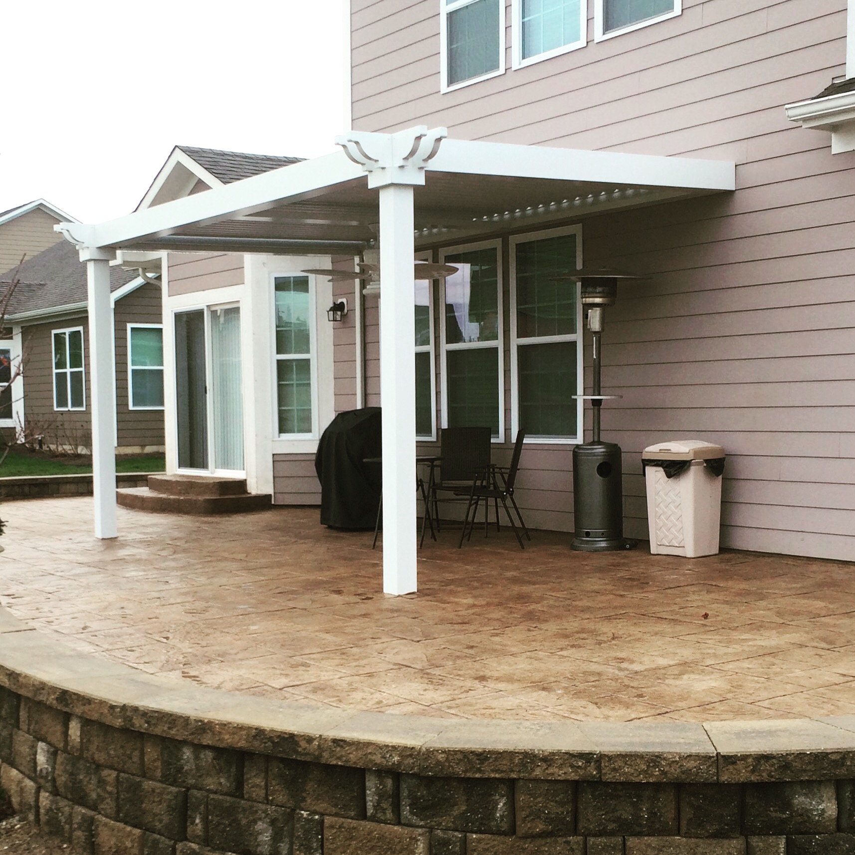 Noblesville, IN - Patio cover - Attached